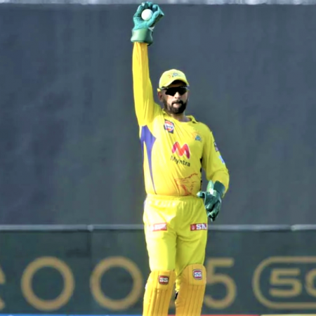 Ravindra hits 20 runs in 4 balls to the Match of CSK